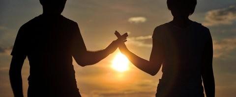 Vertrauen ist in einer Beziehung